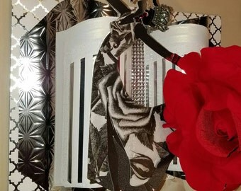 Friendship xoxo - 3D Embellished Greeting Card - Lady Chanteuse with Crown and Red Rose - Crafted by Hand