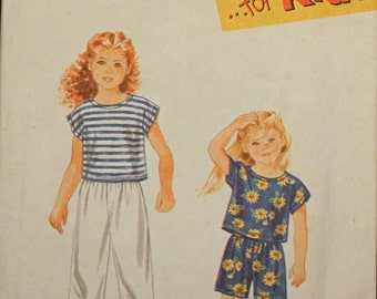 Girls Toddler Kids Size 2 3 4 5 6 & 6x Simplicity 9467 Easy Pull on Pants or Shorts Top Shirt   Child Children Sewing Pattern Sew Uncut