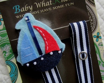 Boy Sailboat Pacifier Clip, Sail Boat Pacifier Clip, Baby Ship Pacifier Holder, Nautical Baby Clip, pcboat01