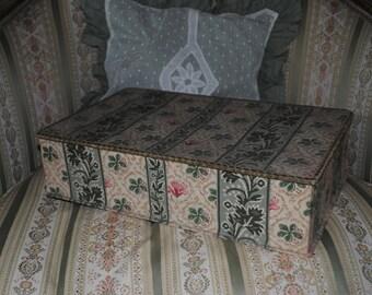 Antique FRENCH FABRIC Box Au Bon Marchè PARIS romantic Boudoir style Marie Antoinette