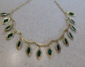 RESERVED FOR KAILEE Beautiful Dark Green Necklace with Filagree Setting and Beautiful  Design
