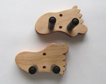 ukulele wall mount hanger hand carved boat paddle by toucanmango. Black Bedroom Furniture Sets. Home Design Ideas