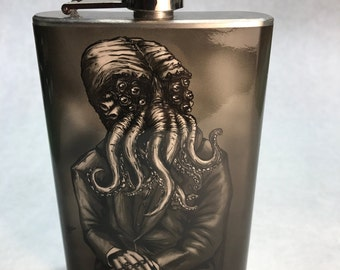 MISTER CTHULHU Flask - Vintage HP Lovecraft Inspired art - Horror Movie Stainless Steel Flask