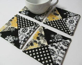 Set Of 4 Fabric Coasters/Black x Yellow