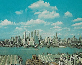 Vintage Unused Mid Century Color Photograph Postcard - New York City - Lower Manhattan Skyline