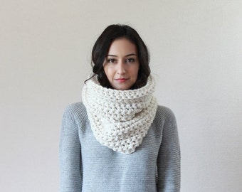 End of season SALE Chunky Thick Textured Ribbed Cowl Scarf Thermal, Neckwarmer, Snood // The Lille - FISHERMAN