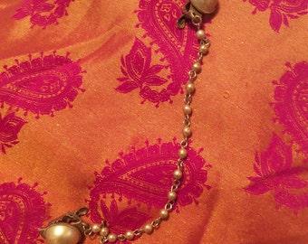 Sweater guard faux pearl beaded 50s