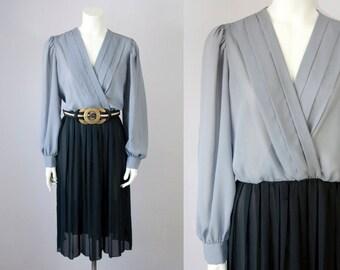 70s Vintage Grey & Black Chiffon Pleated Midi Dress (M, L)