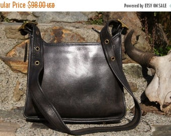 Spring SALE 80's Authentic Coach Distressed Black Leather Cashin Legacy Bag