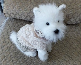 "Dog Sweater Hand Knit xxxsmall Cloud 9.5"" long"