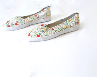 FLORAL size 8 women's oxford slip on BRIGHT ked style summer shoes
