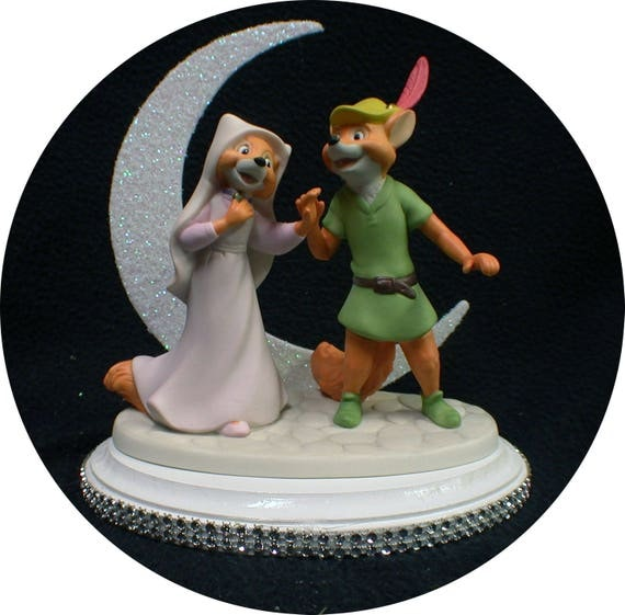 tangled wedding cake topper new from disney robin amp marian wedding cake topper 20753