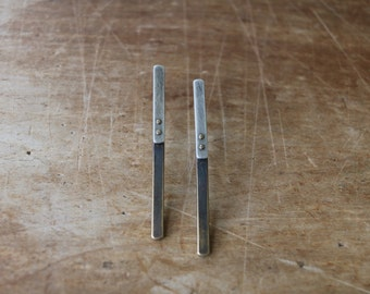 line overlap earrings, post earrings, oxidized sterling silver and oxidized brass
