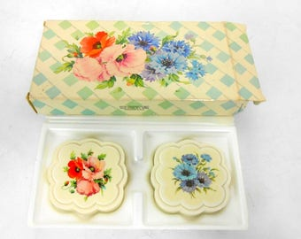Vintage AVON gift soaps Handpicked Wildflowers gift boxed set of guest soaps forget me not and poppy Avon Country Garden