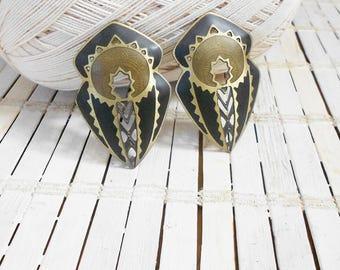 Edgar Berebi Enamel earrings, Tribal pattern, mixed Metal, Pierced Earrings, Dagger Shaped, 1980's, Black bronze gold, Openwork, Funky, Wild