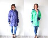 20% OFF BLACK FRIDAY Sale Vintage nautical green blue rubber raincoat // retro rain jacket // bright green raincoat // Large blue rain coat