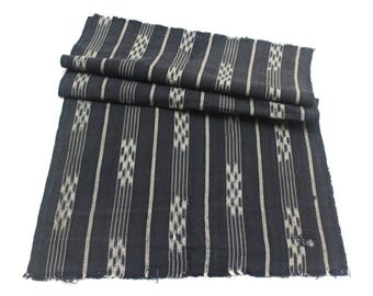 Japanese Vintage Kasuri Ikat. Woven Indigo Cotton Scrap. Traditional Folk Fabric. (Ref: 1771)