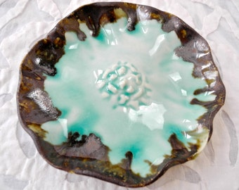 Ring dish, Celadon Green, small dish, ring bowl, sauce dish, dipping bowl, ceramic, decorative bowl, wedding ring dish, salt bowl, salt dish