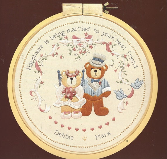 S best friend wedding crewel embroidery