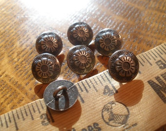 """Antique silver flower metal shank buttons size 20L (1/2"""" 13MM) carved flowers sewing crafts cool 7 pieces"""