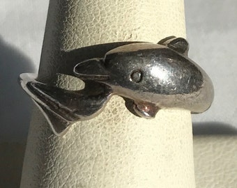 Vintage Sterling Silver Dolphin Ring-Size 8