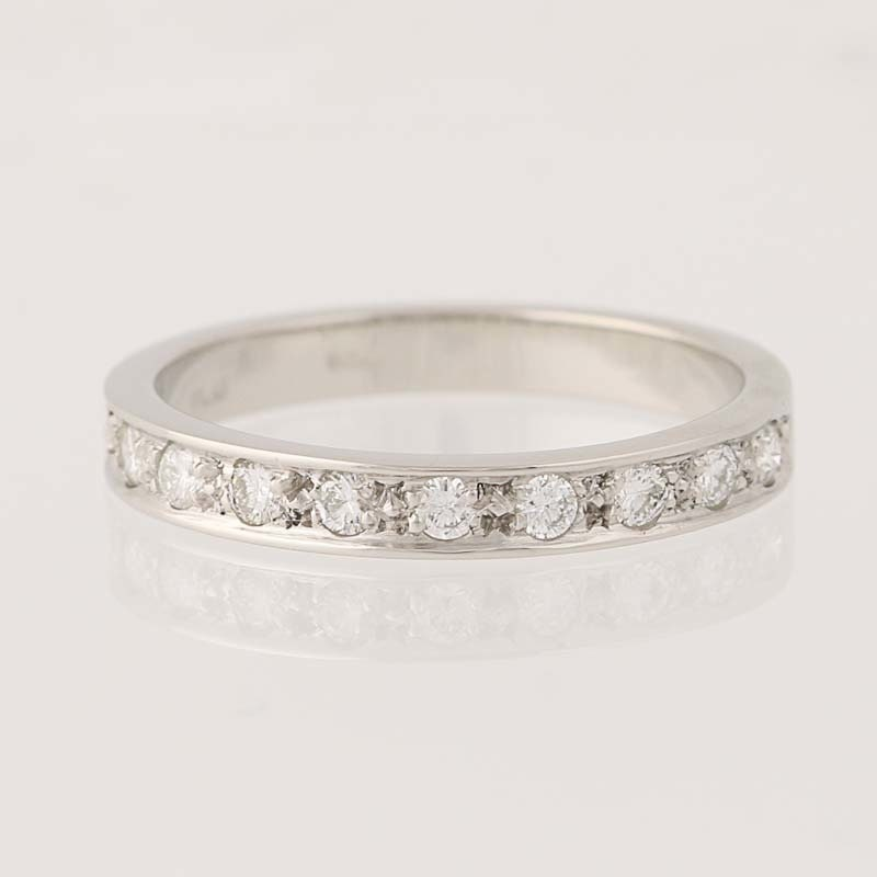 Diamond Wedding Band 950 Platinum Womens Ring Round Cut
