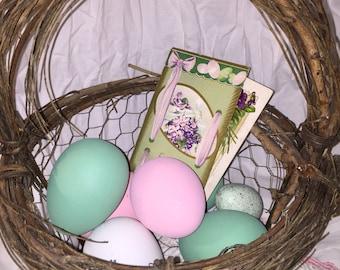 Grapevine chicken wire easter basket cute farmhouse decor