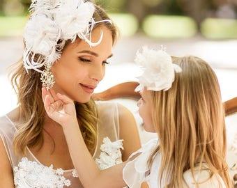 Flower girl hair clip. Flower girls headband. Wedding Princess hair accessory. Flower girls head accessory. Flower girls gift.