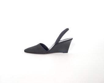 Black Slingback Wedges. Vintage Anne Klein 90s Minimalist Heels. 9. Fabric - Leather. Made in Italy