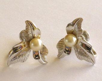 Vintage Sterling Pearl Earrings Signed Van Dell