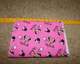 Disney Minnie Mouse Hearts Pinks  Yardage   SALE Destash   By the yard  44/45 wide