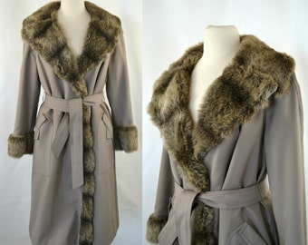 1970s Faux Fur Lined Taupe Trench Coat, Retro Khaki Tan Trench Coat with Faux Fur Trim Collar & Cuffs