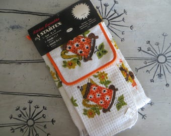 Vintage Kitchen Towel Set Orange and Yellow Tea Kettle Dishcloth and Potholder