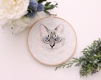Ragdoll Cat Hoop Embroidery