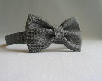 Gray Herringbone Bow Tie, Grey Herringbone Toddler Tie, Ring Bearer Gray Tie,  Wedding Bow Tie, Toddler Photo Prop, Man's Gray Bow Tie