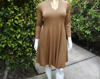 Vintage 1970's Brown Day Dress - Size 16