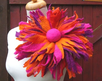 felted flower corsage pin brooch, handmade, felted wool flower, lagenlook, handmade, shawl pin, large, MADE TO ORDER
