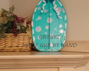 Easter egg wood wall hanging with bow made from reclaimed recycled wood by gr8byz