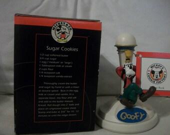 Vintage Disney Mickey & Co. Goofy Cookie Stamp