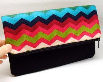 Foldover zipper clutch, zipper pouch, wedding purse, evening clutch, bridesmaid gifts set - Colorful chevron (Ref. FZ4)