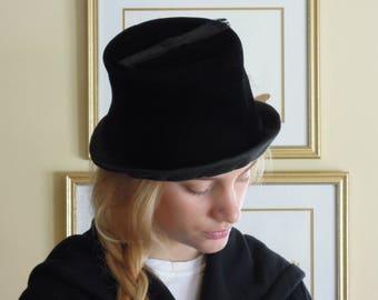 Vintage Black Velvet 1940s Hat