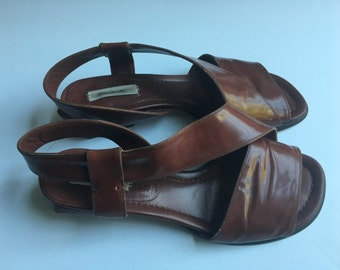 90's Marc Jacobs minimal geometric brown leather sandals  size 38 8
