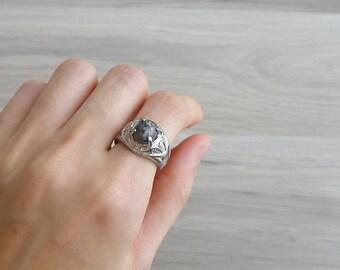 15% V-DAY WEEK Sale - Vintage 70's Stormy Grey Circle Stone Ring 5.5