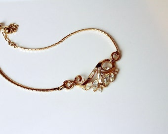Crown Trifari {at Pend. Clear Rhinestone Necklace # 846