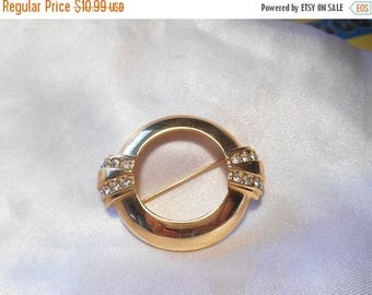 50% OFF SALE Avon Centennial Round Gold Tone Brooch With Crystal Rhinestones