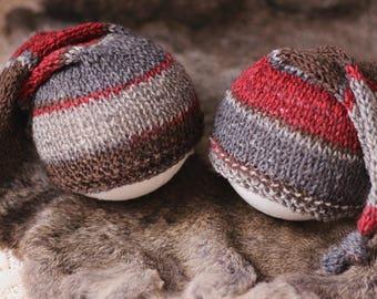 ready to ship, newborn photography prop, brown gray dark red knit twin hats striped with knot, newborn boy prop, newborn sleep cap, twins