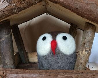 Woodland creatures: Needle felted Owl.