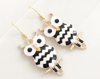 Owl Earrings, Owl Jewelry, Owl Charm, Animal Earrings, Girls Earrings, Black and White Earrings, Gold Owl Earrings, Chevron Earrings