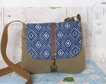 El Paso - Crossbody messenger bag - Southwestern purse - Adjustable strap - Vegan purse - Travel purse - Tribal - Blue - Tan - Ready to ship