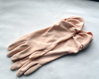 Gloves Vintage Womens Size Small Pale Peach Dress Gloves Evening Gloves Shirred Wrist